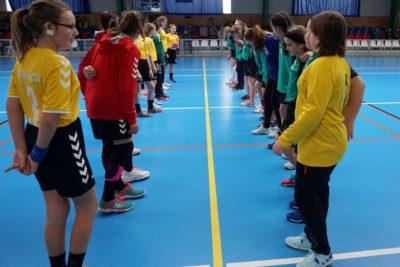 Mladší žačky B se zúčastnily přípravného turnaje ve Velké Bystřici